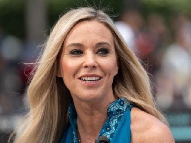 'Kate Plus Date' Star Kate Gosselin Responds to Fan Calling Her out for 'Trying Too Hard'