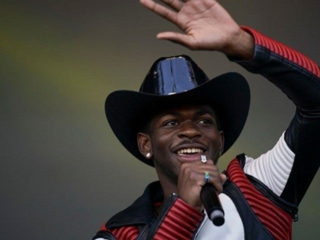 Lil Nas X's Funniest 'Old Town Road' Tweets