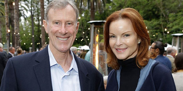 'Desperate Housewives' Marcia Cross Says Husband's Cancer and Her Own Linked Through HPV Infection - PopCulture.com thumbnail