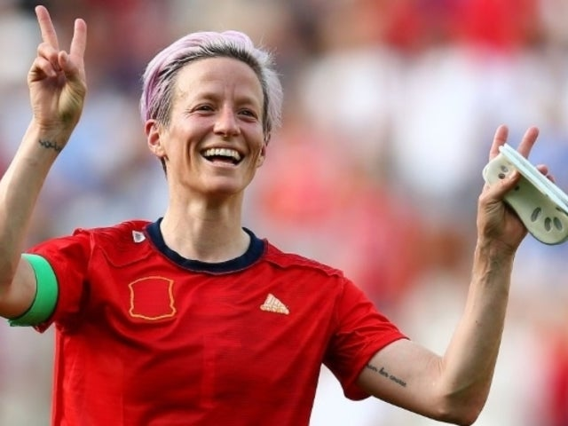 US Soccer Star Megan Rapinoe Finds New Way to Protest During National Anthem