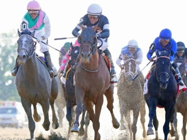 2019 Belmont Stakes: Fans Questioning Why Winning Horse Wasn't Dq'd After Bump