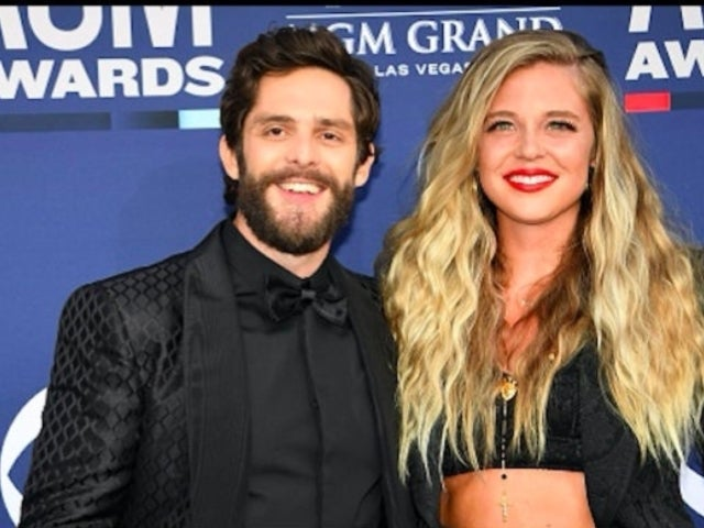 Thomas Rhett's Wife, Lauren Akins, Jokes About Holding 'All 3 Girls' While Still Pregnant