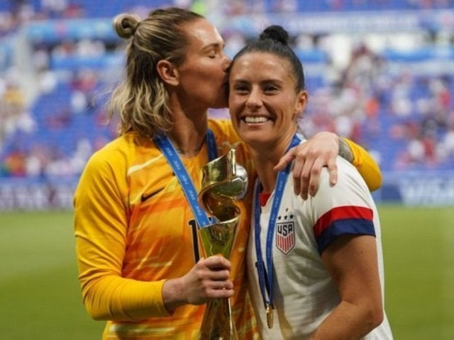 Ali Krieger and Ashlyn Harris: Everything to Know About the 2 US Soccer Stars Tying the Knot