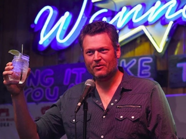 Blake Shelton Vows to Continue to Pay Employees, Urges Fans to 'Do the Right Thing' Amid Coronavirus Outbreak