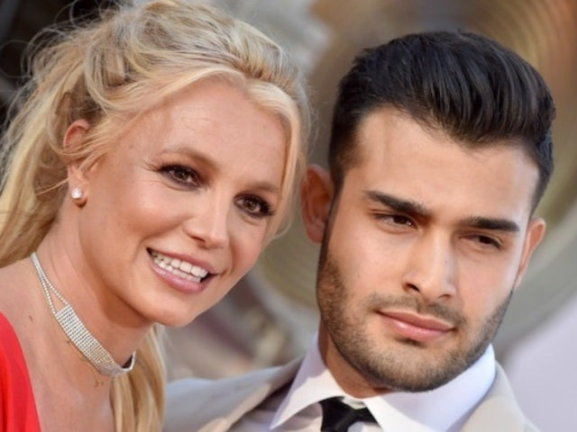 Britney Spears Isn't Engaged to Sam Asghari, Despite All Those Rumors