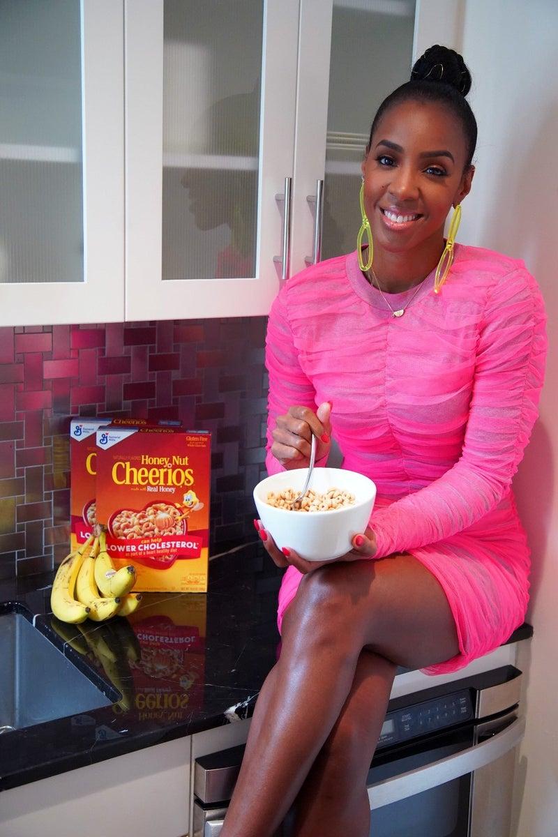 Kelly Rowland - Cheerios 2