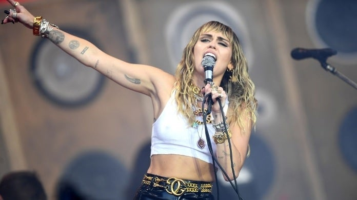 miley cyrus performing getty images