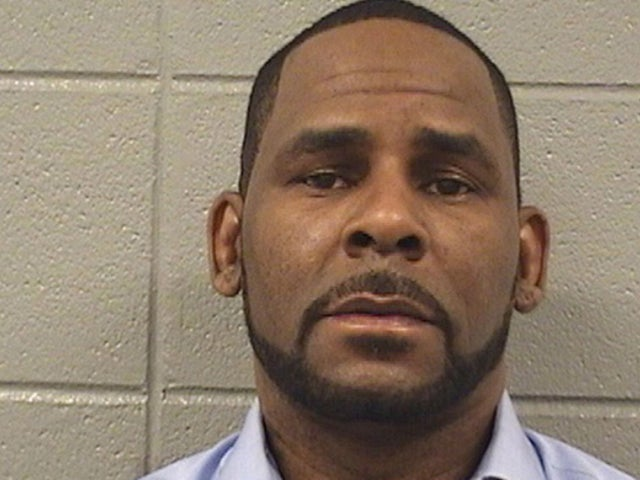 R. Kelly: Parents of Alleged Victims Fear the Worst Following Singer's Latest Arrest