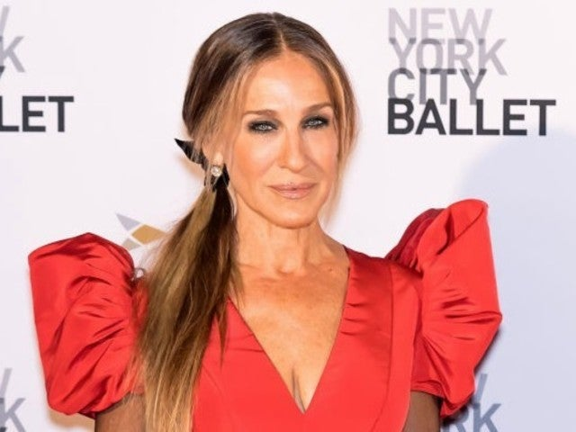 Sarah Jessica Parker Claims Male Co-Star Acted 'Inappropriately'