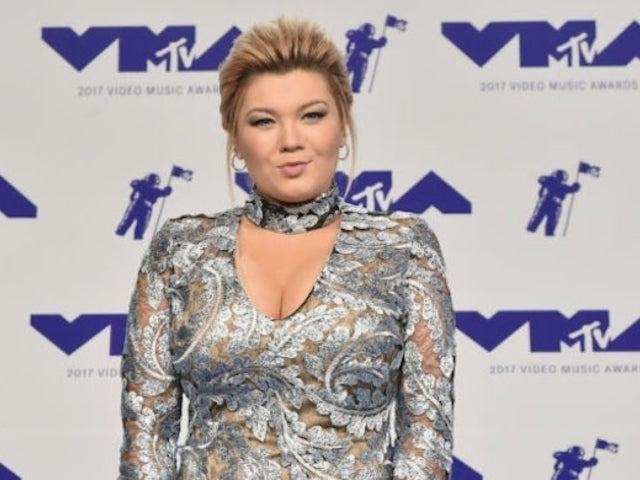 'Teen Mom OG' Star Amber Portwood Reveals New Bed Selfies, Asks Fans to 'Excuse the Cleavage'