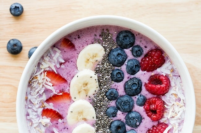 Berry-Smoothie-Bowl_RESIZED-10