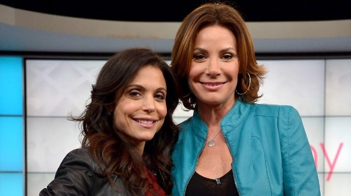 bethenny frankel luann de lesseps getty images