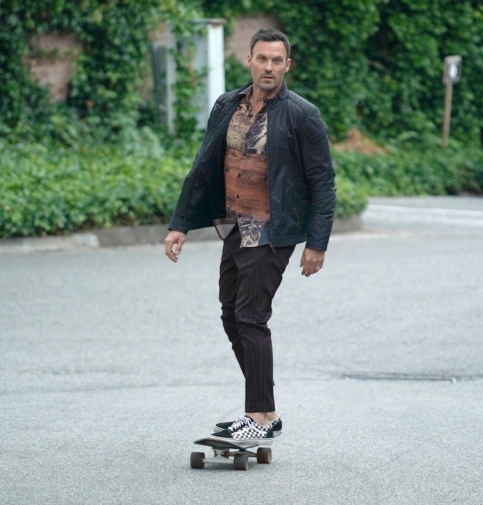 bh-90210-episode-3-fox-shane-harvey-carol-potter-brian-skating