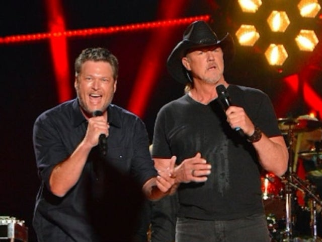 Watch Blake Shelton and Trace Adkins Perform 'Hell Right' on 'The Voice'