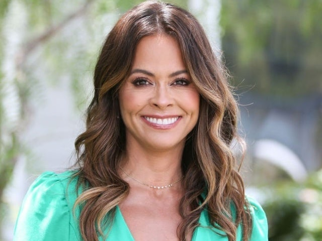 Former 'DWTS' Host Brooke Burke Steps out for Laundry and Looks Amazing
