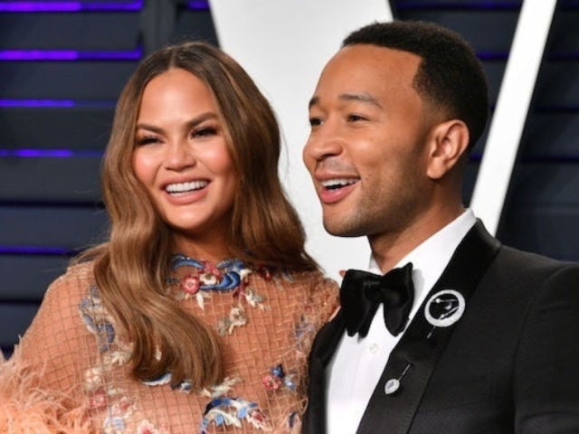 Chrissy Teigen Hilariously Trolls Husband John Legend After Winning Latest Award