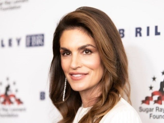 Cindy Crawford Is 'Back at It' With New Workout Video on Instagram