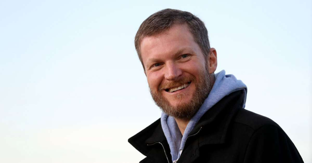 Dale Earnhardt Jr plane crash pilots credited save (1)