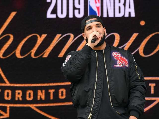 Raiders Tight End Names Drake Most Popular Canadian Over Wayne Gretzky