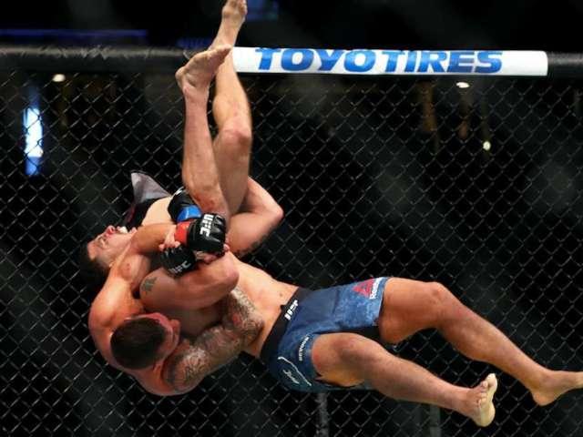 UFC 241: Fans Got Plenty of WWE Vibes From Drakkar Klose's Victory Over Christos Giagos