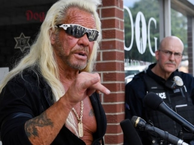 'Dog's Most Wanted' Star Duane 'Dog' Chapman All Smiles With Family Alongside Chuck Norris