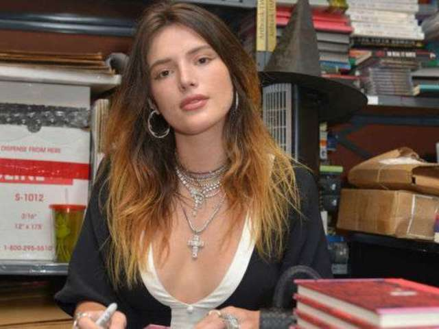Bella Thorne to Make Directorial Debut With a Pornhub Movie