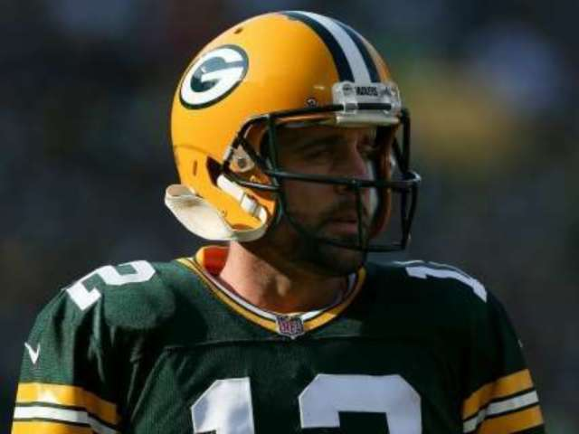 Aaron Rodgers Loses Packers Spelling Bee to Coach