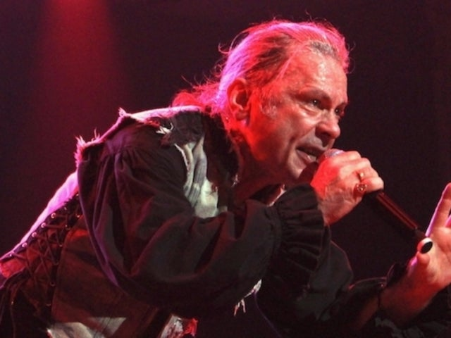Iron Maiden's Bruce Dickinson Says New Music Isn't 'Beyond the Bounds of Possibility' at Nashville Concert