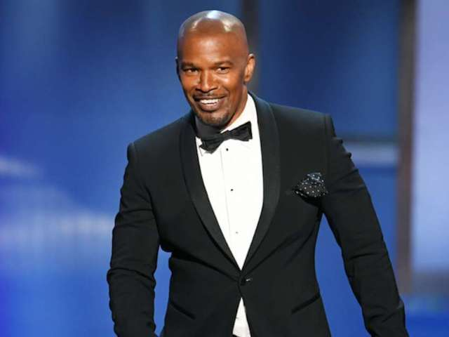 Jamie Foxx Says He Has Sources as to When Ezekiel Elliott Signs With Cowboys