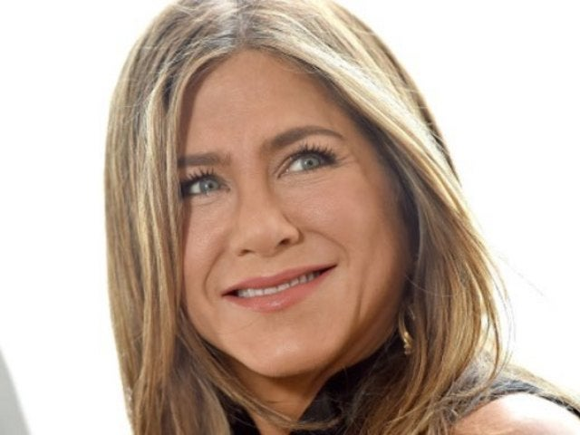 Jennifer Aniston Reportedly Still Keeps in Touch With Brad Pitt, Is Casually Dating Again