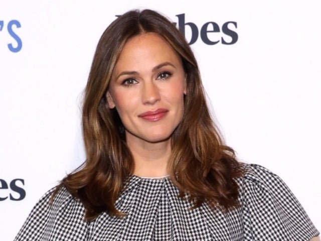Jennifer Garner's 13-Year-Old Daughter Looks Just Like Her During Day out With Mom