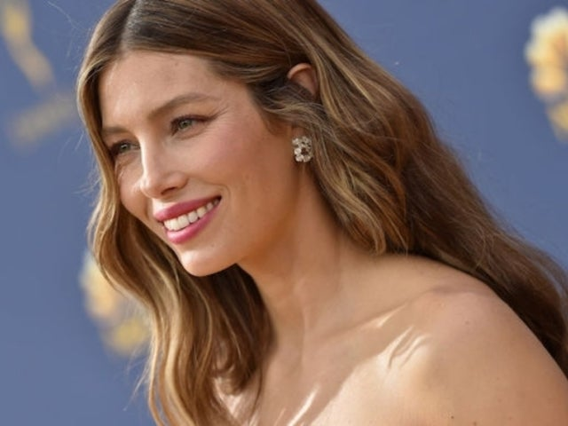 Jessica Biel Posts New Video After Justin Timberlake Drama, Ring Finger Noticeably Shown