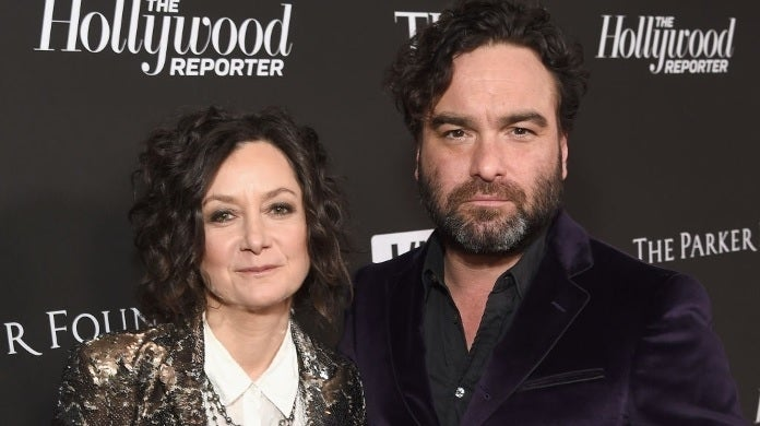 johnny galecki sara gilbert getty images