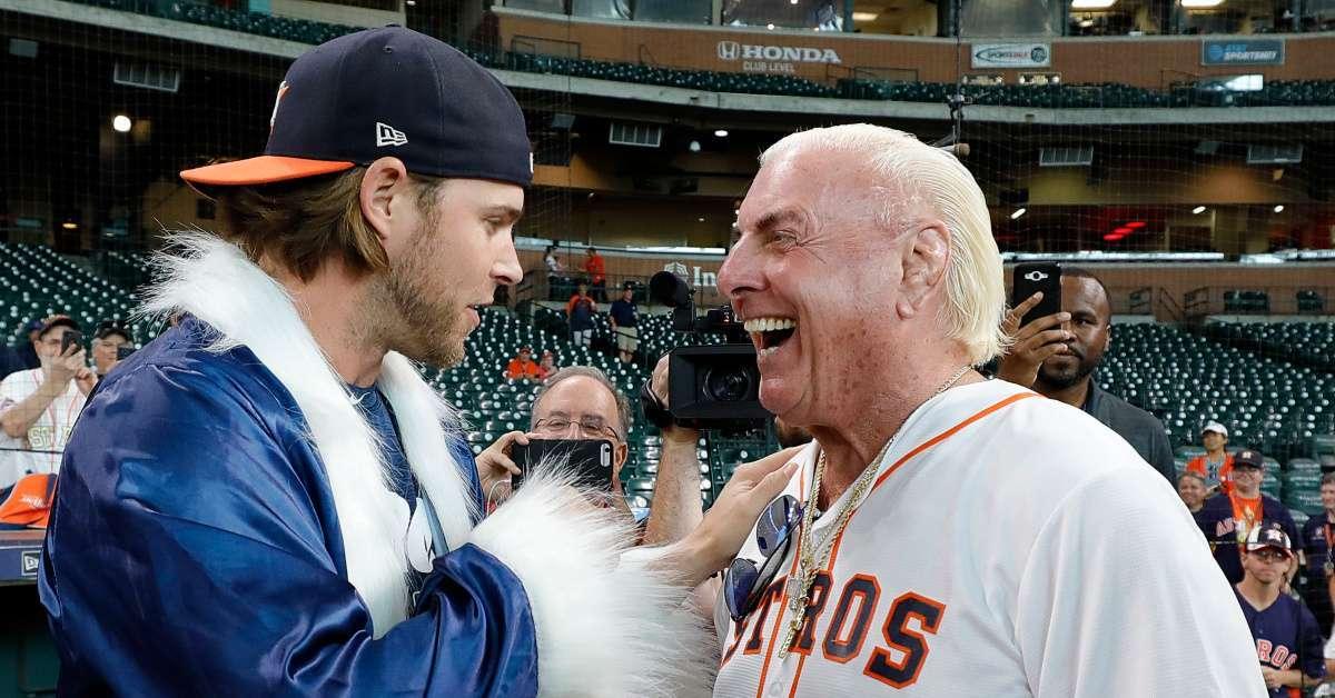 Josh Reddick Ric Flair wrestling attire Astros