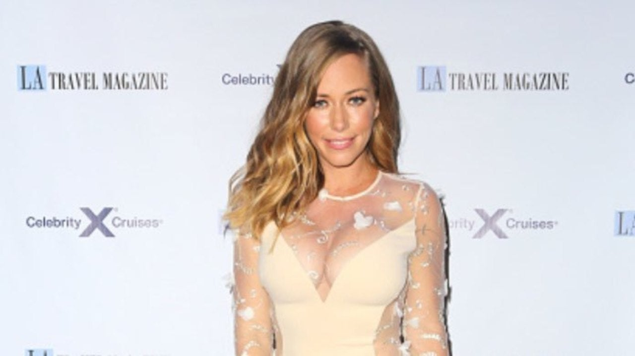 Kendra Wilkinson Is Returning to Reality TV With New Real Estate Show.jpg