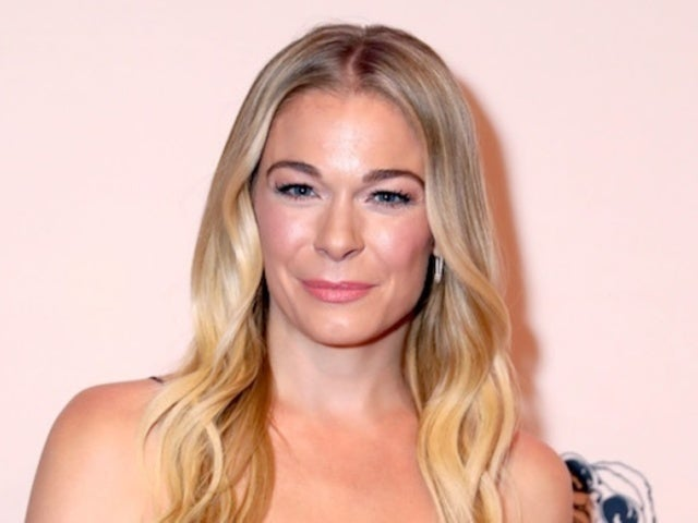 LeAnn Rimes Jokes About Needing 'More Sunlight' in New Bikini Photo