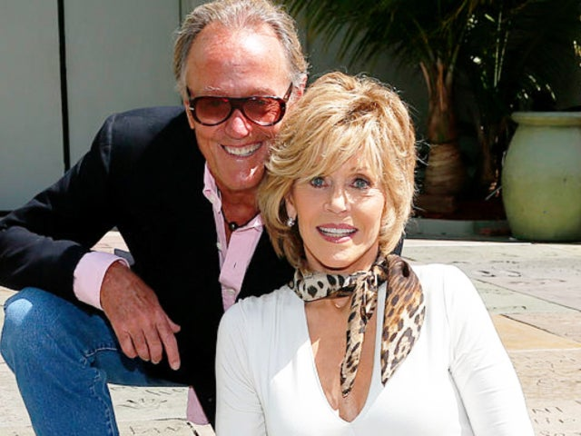 Jane Fonda Details Last Moments With 'Sweet-Hearted Baby Brother' Peter Following His Death