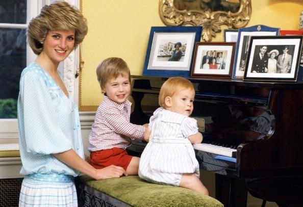 Princess Diana and Kids 2