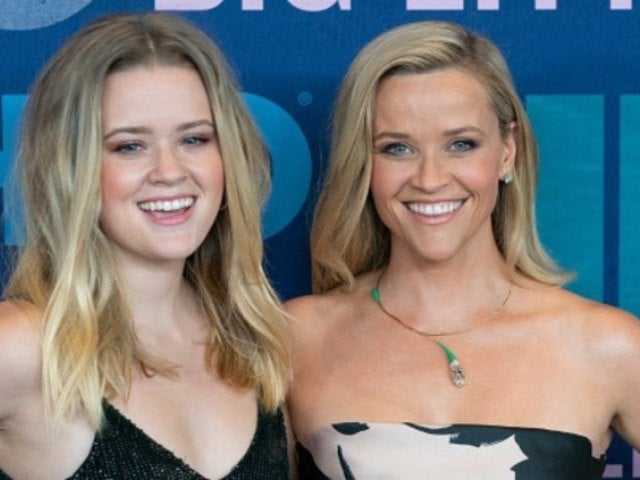 Reese Witherspoon Jokes She Can Only Use Snapchat to Talk to Her 3 Children