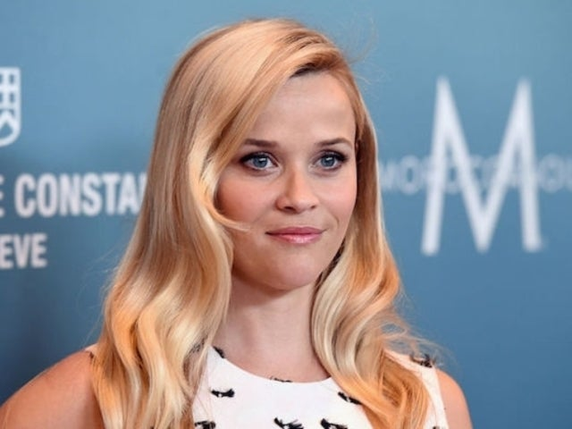 Reese Witherspoon Chops off Her Hair, Rocks New Bob