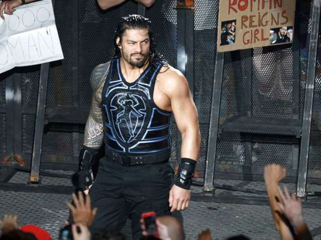 Roman Reigns Signs New Multi-Year Contract With WWE
