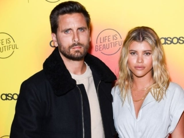 Scott Disick Celebrates 'Staycation' in Bath Tub With Girlfriend Sofia Richie