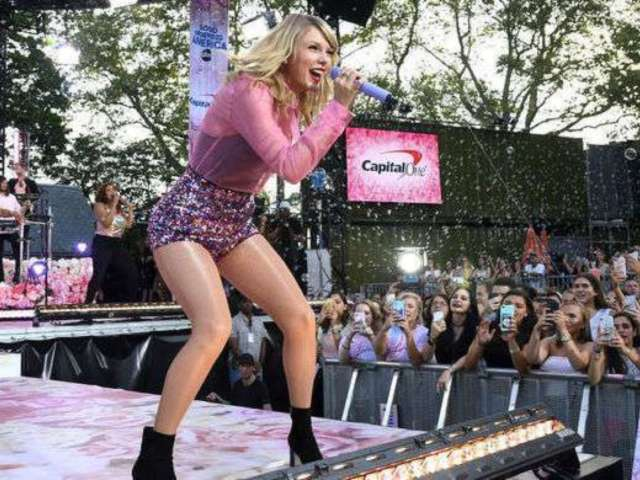 Taylor Swift Releases New Album 'Lover,' and Fans Are Losing Their Minds