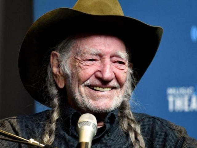 Willie Nelson Is Quitting Smoking Weed