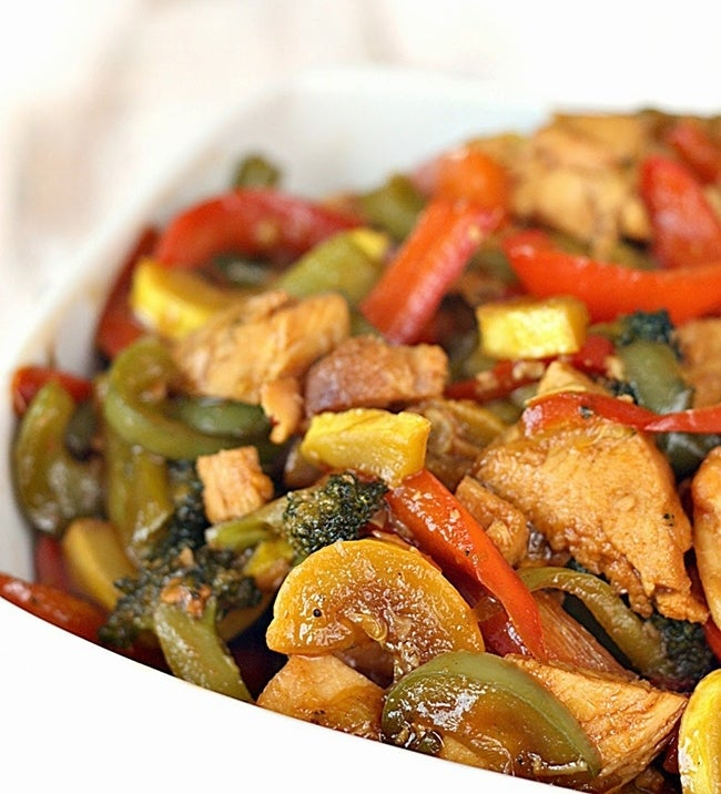 10-Minute-Stir-Fry-Chicken-and-Vegetables-from-Tone-and-Tighten