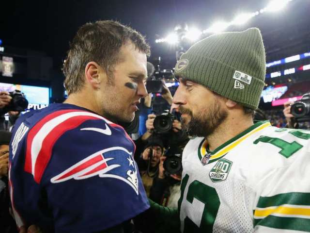 Aaron Rodgers Continues to Laugh at Tom Brady Critics