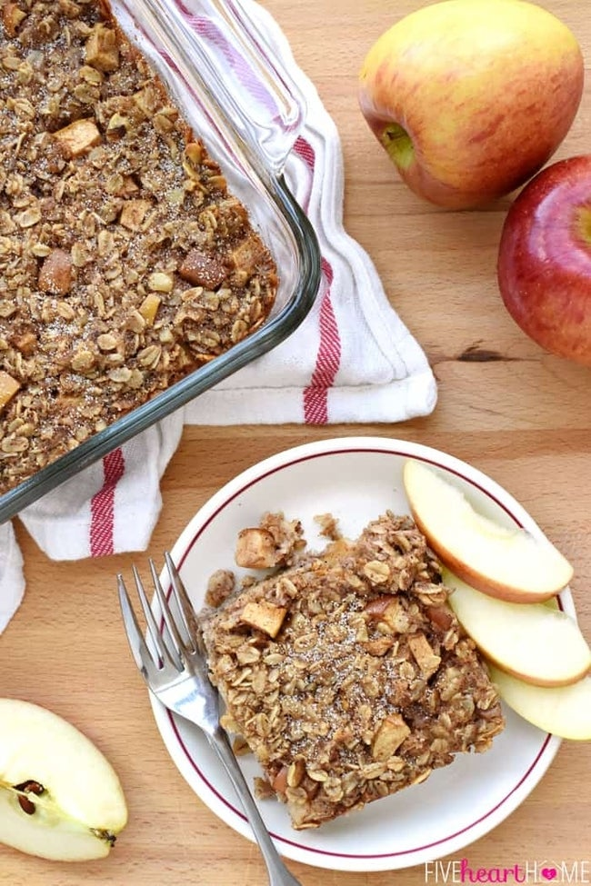 Apple-Cinnamon-Baked-Oatmeal-Breakfast-Recipe-by-Five-Heart-Home_700pxAerial