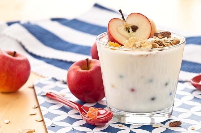 apples-yogurt