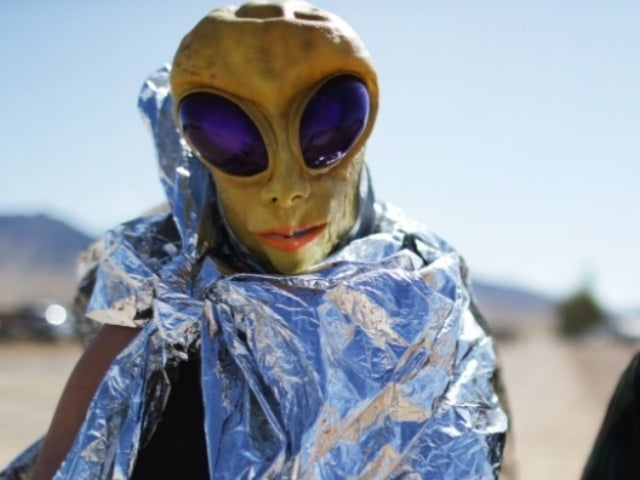 Storm Area 51: Reno Locals Handing out Free Tinfoil Hats to Visitors
