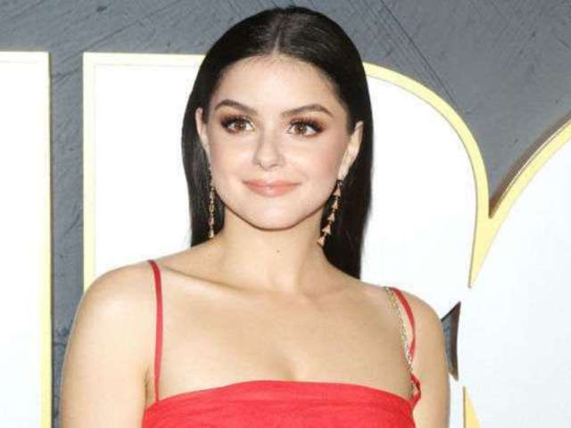 Ariel Winter Makes Relationship With New Boyfriend Luke Benward Instagram Official